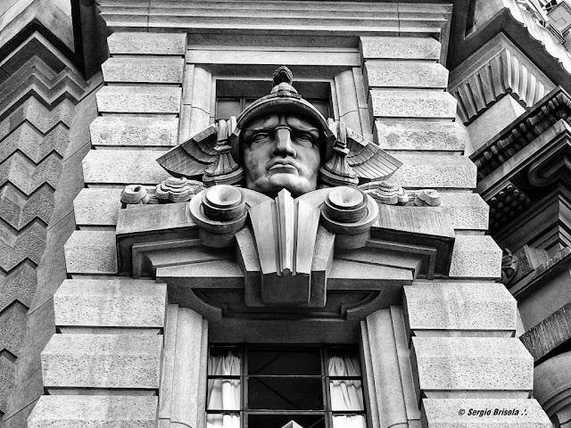 Close-up da Escultura Hermes - Tribunal de Justiça ESP - Centro - São Paulo