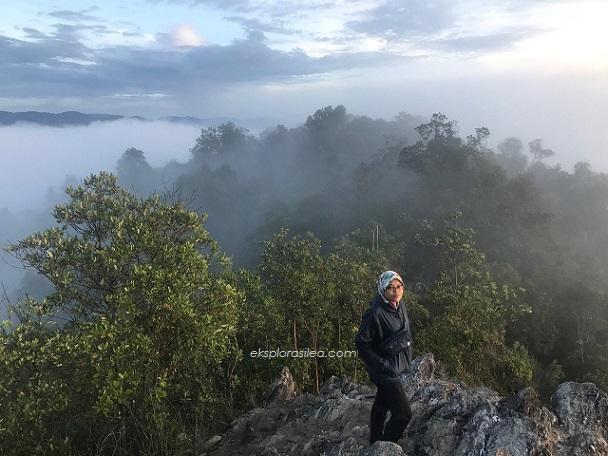 Cara kurangkan Sakit Kaki lepas Mendaki Gunung