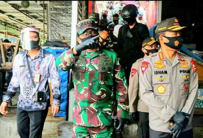 Panglima TNI Dan Kapolri Kunjungi Pasar Tradisional Singosari