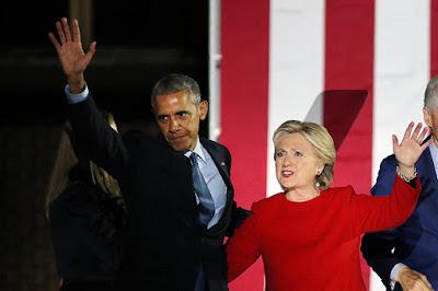 Obama y Clinton en Filadelfia durante la campaña, 2016Carlos BarriaReuters