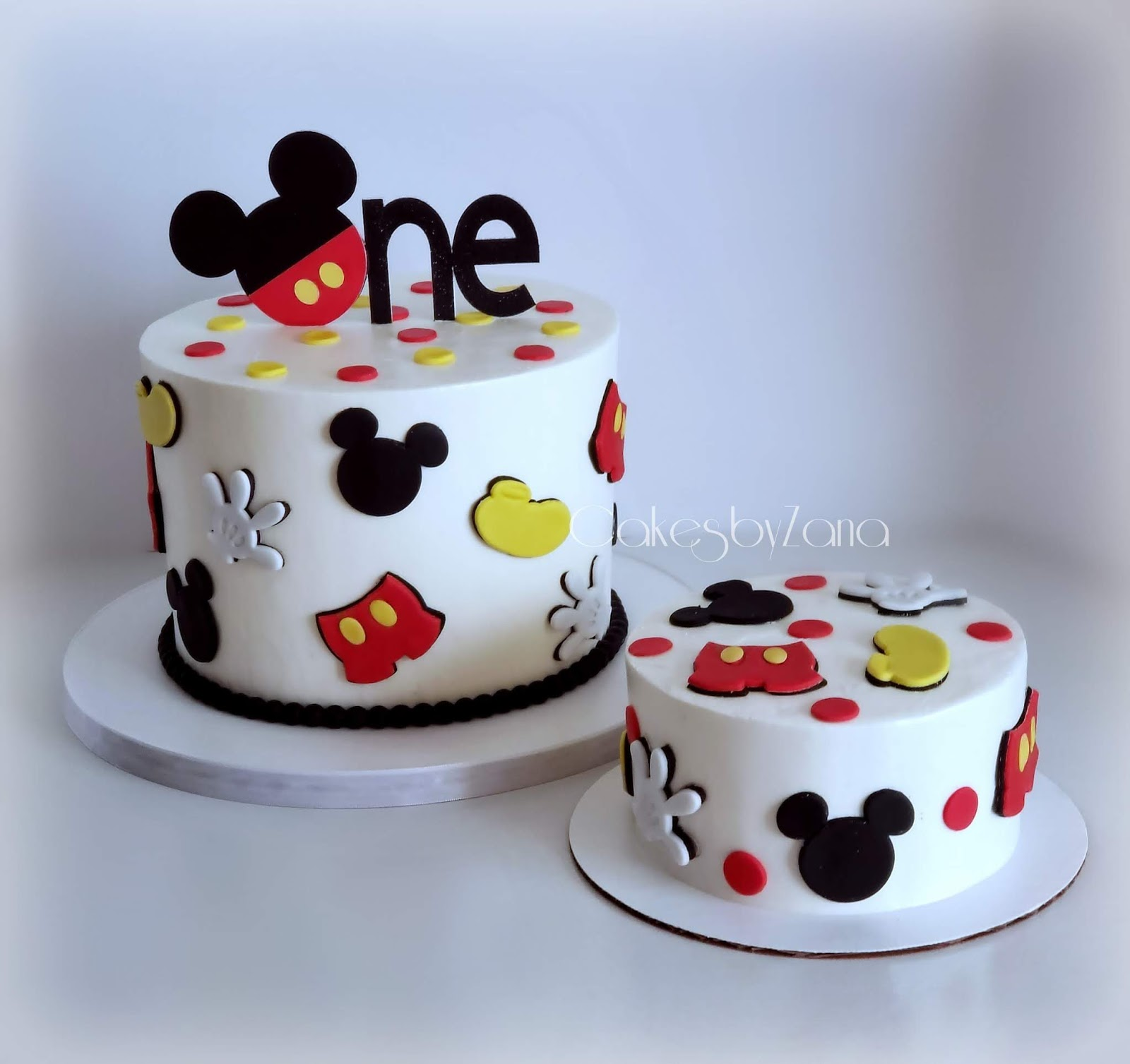 Stupendous Cakesbyzana Mickey Mouse 1St Birthday Cake Personalised Birthday Cards Bromeletsinfo