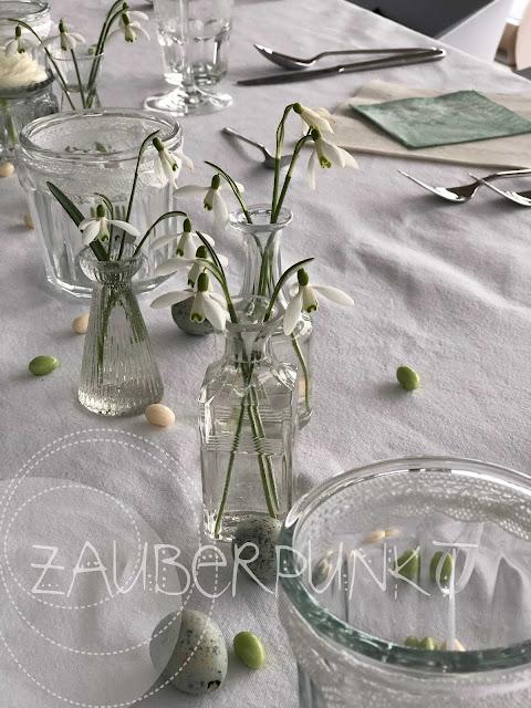Tischdekoration Frühling, Schneeglöggli, Tablesetting, Springtime, Jahreszeit, Weiss
