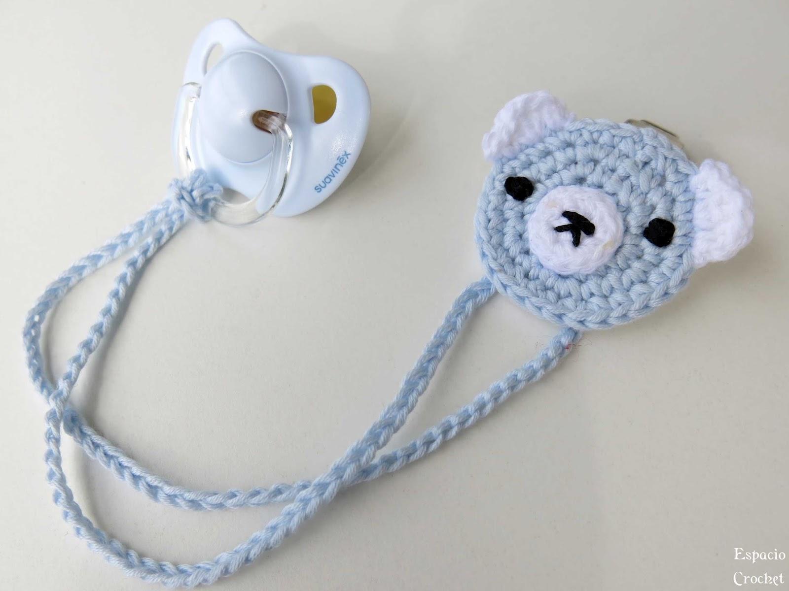 Sujeta chupete osito espacio crochet - Ideas para hacer ganchillo ...