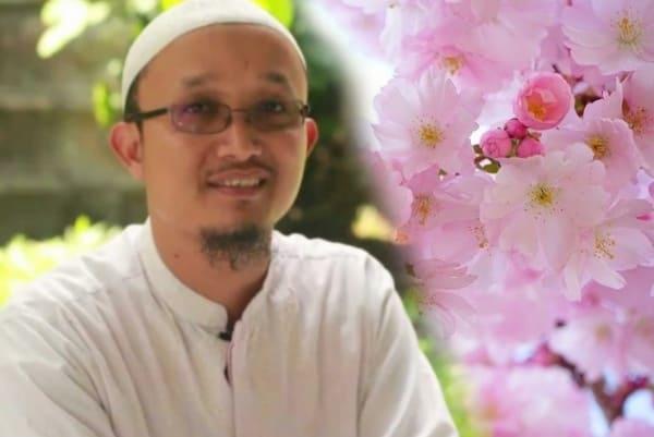 Selayang Pandang Profil Pembina Ma'had Al-khair, Dr. Aris Munandar, Ss. Mpi