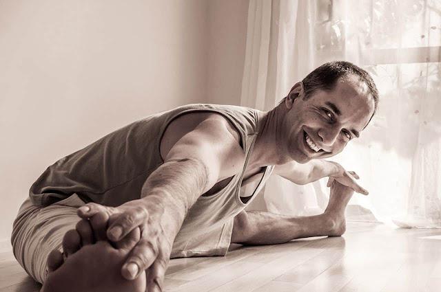 Những cách để trở thành một giáo viên Yoga tốt