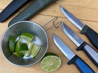 モーラナイフの炭素鋼は錆びやすい
