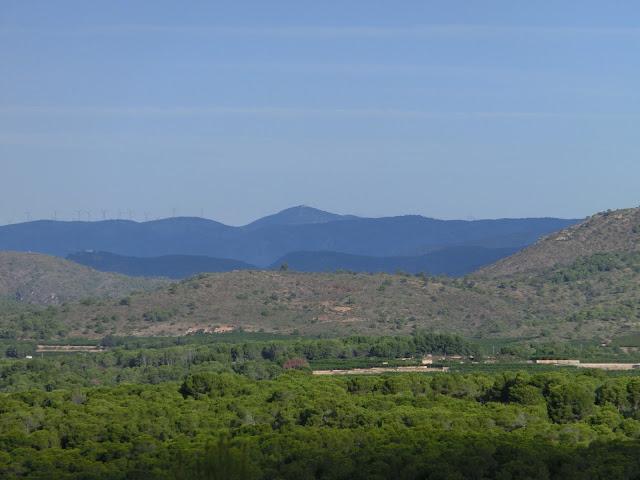 monte santa bárbara visto desde las montañas del codoval