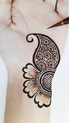 Simple Modern Unique Mehndi Designs for Hand - WallpaperDPs