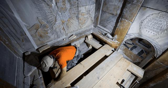 Os Cientistas Emitem Advertência Urgente Sobre A Reconstrução No Túmulo De Jesus
