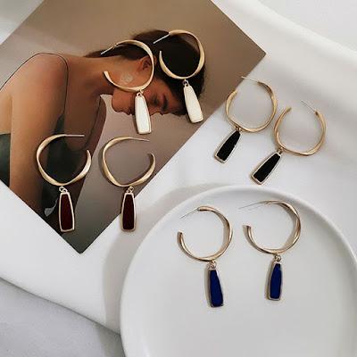 https://dazzleluna.com/vintage-ladies-dangle-earrings-antiallergic-s925-pins-bridal-earrings.html