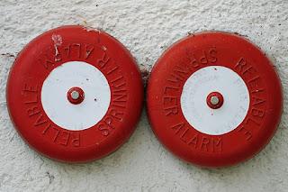 Apa Dan Bagaimana Sistem Alarm Kebaran Bekerja?