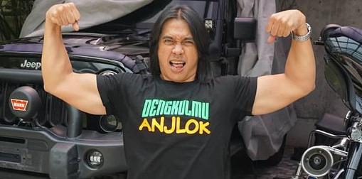 Siapa yang tidak kenal Agung Santoso atau yang dikenal dengan Agung Hercules Profil Agung Hercules - Binaragawan Indonesia