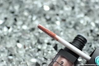 Review: 13 essence Update Produkte - Metal Shock Lip Paint - www.annitschkasblog.de