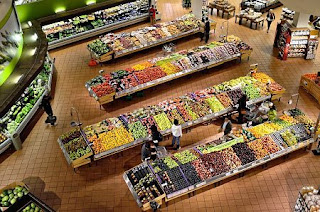 supermarket, stalls, coolers, market, food, fresh, shop, organic, vegetable, healthy, grocery, store, fruit, ripe, yellow, freshness, marketplace, hypermarket, colorful, stand, consumer, nutrition