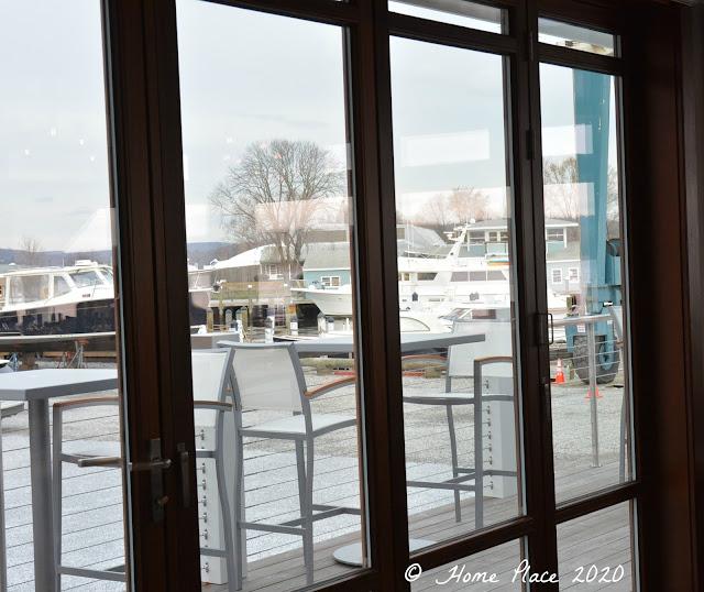 Carlson's Landing Cocktail Lounge Views