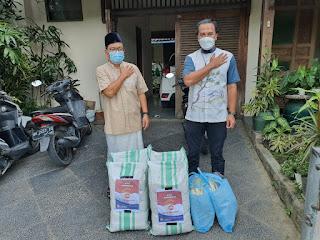 Polda Bali salurkan bantuan melalui BAZNAS dan juga dapur umum