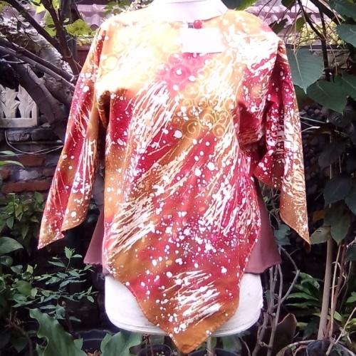 Blus Batik Gepyok Model Kelelawar