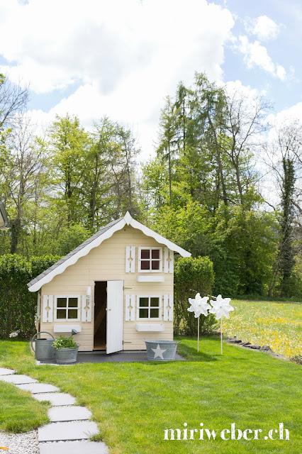 Kinderspielhaus Tom, Spielhaus Palmako, DIY Blog, Kreativblog, Blog aus der Schweiz, Familienblog Schweiz