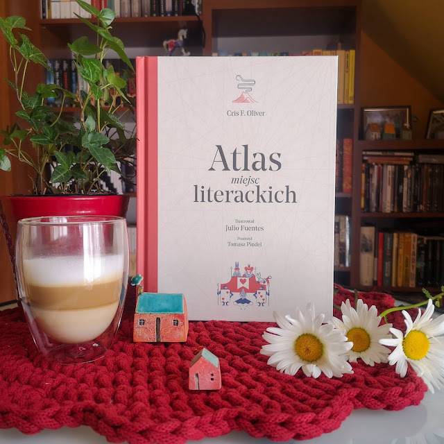Cris F. Oliver, Atlas miejsc literackich [Format]