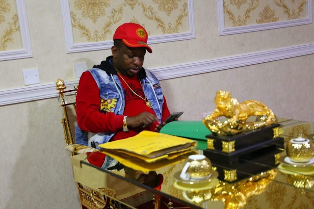 Governor Mike Sonko in his Gold stuffed office photos