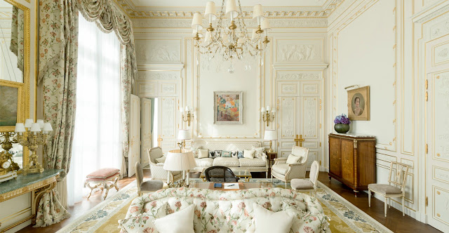 Elegant guest suite with pastels and 18th century furnishings in Ritz Paris