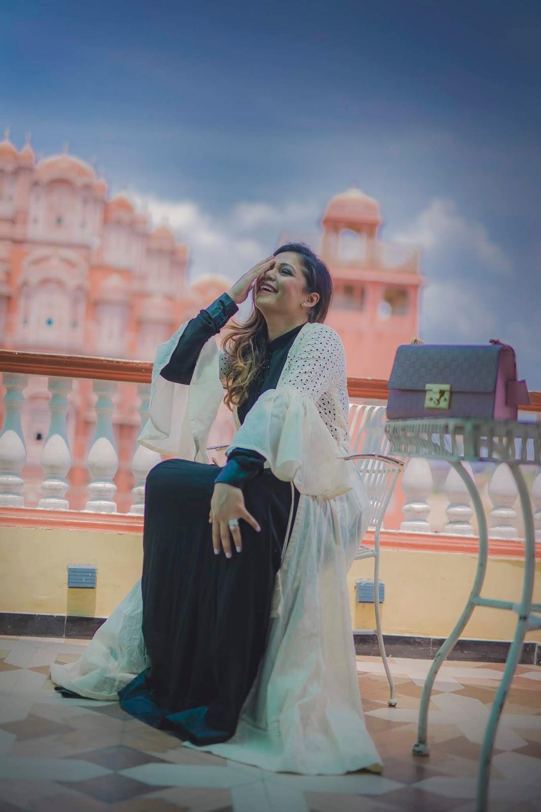 jaipur trip, travel blogger, fashion, style,. myriad musings, amor first, paprika gate, pink city trip, wanderlust, city palace, hawa mahal