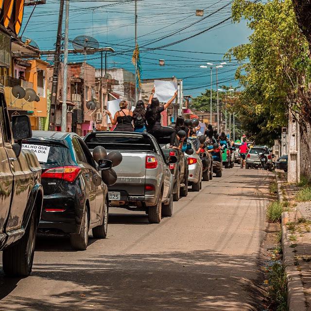 A lentidão da vacinação, os protestos contra o decreto estadual e a dura realidade da pandemia no Brasil