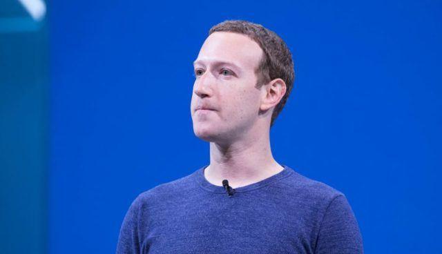 Zuckerberg promete auto-excluir mensagens do Facebook para mais privacidade
