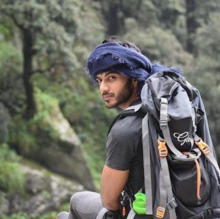 Kumpulan Foto Vikram Singh Chauhan Terbaru