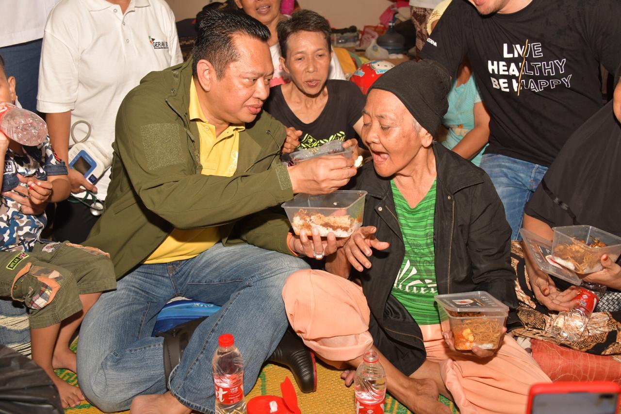 Ketua MPR RI Sambangi Korban Banjir