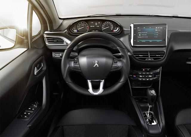 Peugeot 208 2018 Automático 6 marchas - interior