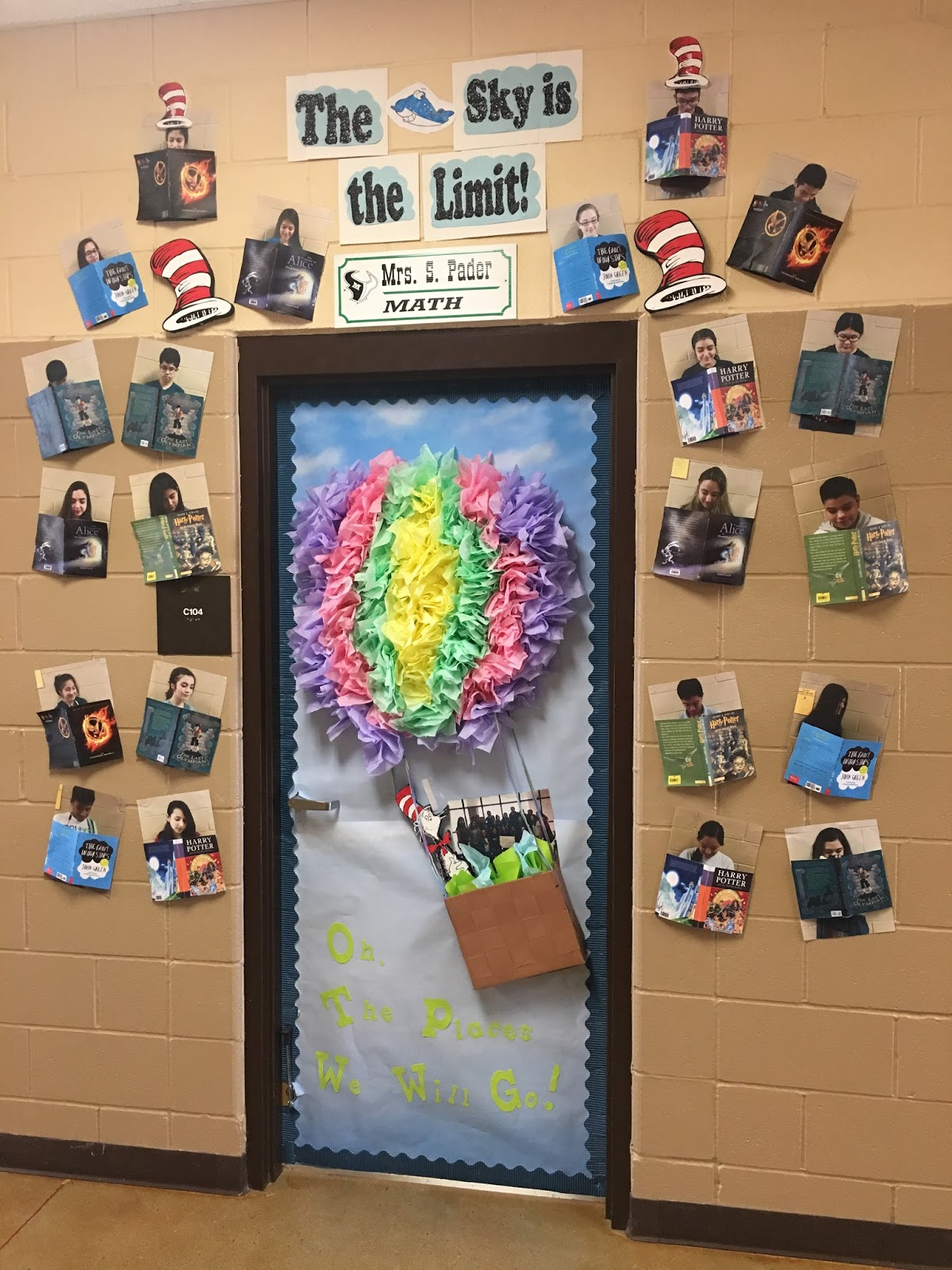 Eagle Pass ISD - iVision: MJH Door Decorating Contest