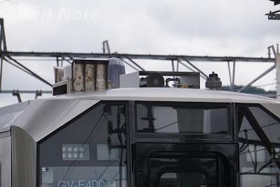GV-E400系のヘッドライトと警笛と行先表示器