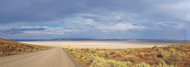Approaching Oregon's Alvord Desert...