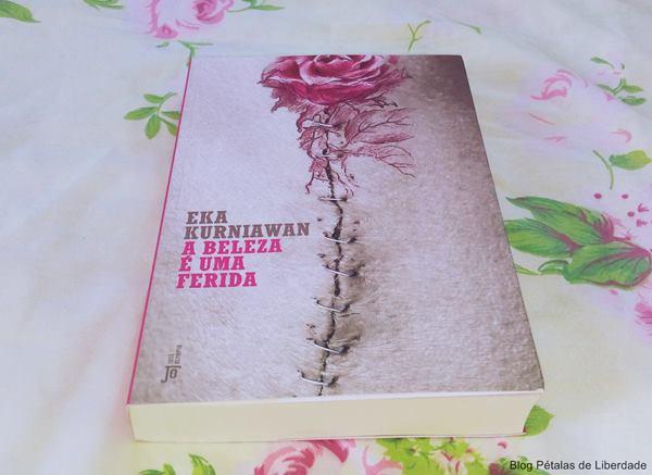 Resenha, livro, A-Beleza-é-uma-Ferida, Eka-Kurniawan, jose-olympio,editora, opiniao, critica, trechos, escritor-indonesia, fotos, capa, diagramação, realismo-mágico