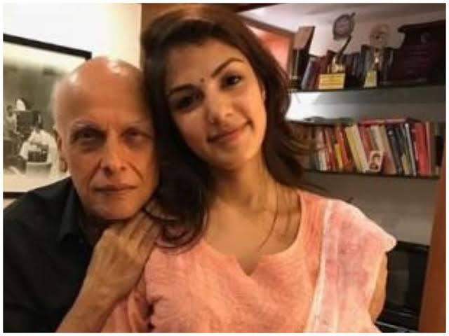 ये तो सलमान खान का भी बाप निकला यह है महेश भट्ट का असली चेहरा यह खतरनाक विडियो देखो सोचा भी नहीं था कि इतना बडा आस्तीन का सांप है ये ग़द्दार। This is also the father of Salman Khan, this is the real face of Mahesh Bhatt.
