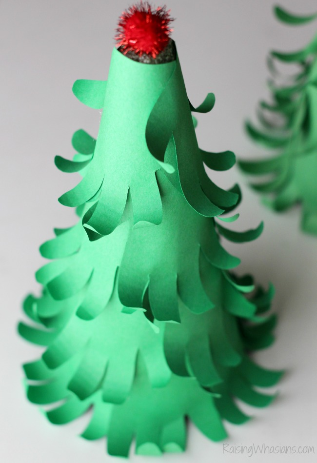 3d handprint Christmas tree craft
