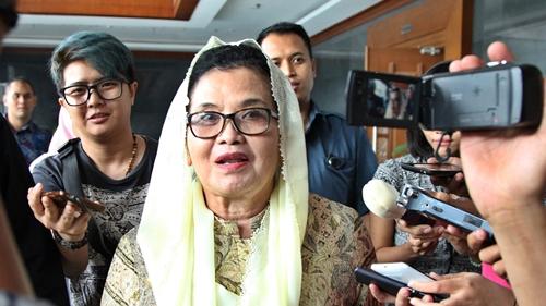 Sudah Vaksin Tapi Masih Kena Covid, Siti Fadilah Heran: Diteliti Dong!