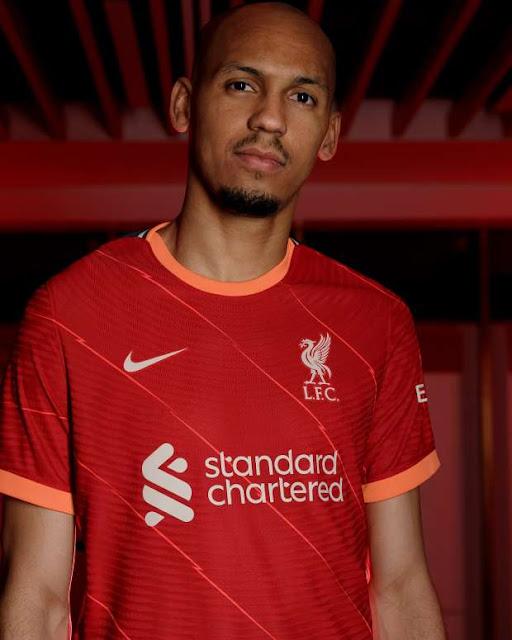 فابينهو بقميص ليفربول الجديد للموسم المقبل 2022
