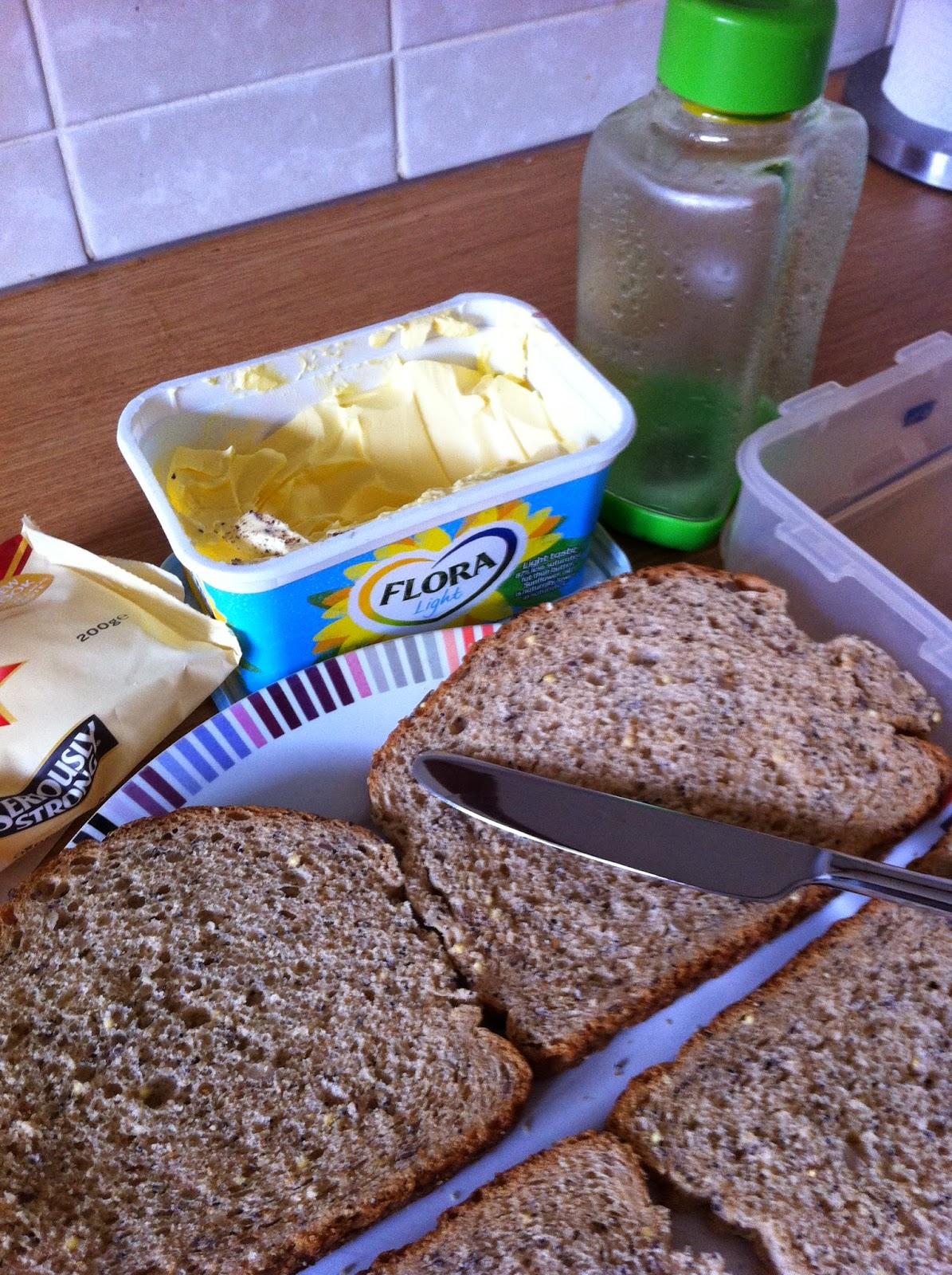Work-redundancy-kids-school-packed-lunch