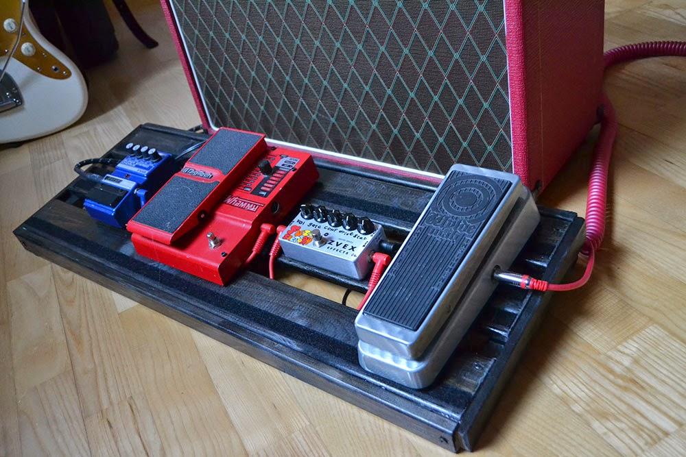 diy guitar pedal board flat 3 6. Black Bedroom Furniture Sets. Home Design Ideas