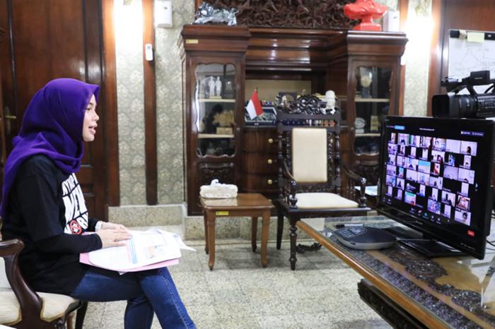 Berbagi Pengalaman, Siti Atikoh Ingatkan Pentingnya Kesehatan Mental Ibu Melahirkan
