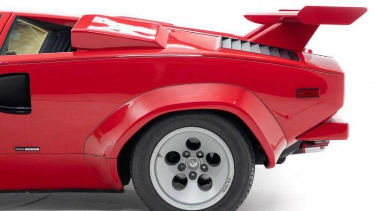 الطراز الكلاسيكي، Lamborghini Countach من ماركة لامبورجيني