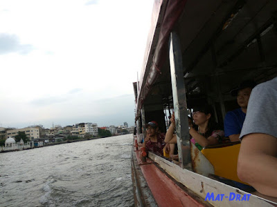 Hop On Hop Off Boat Chow Phraya River Cruise