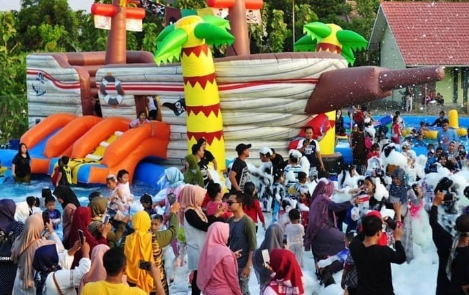 Dum Dum Waterpark Cirebon