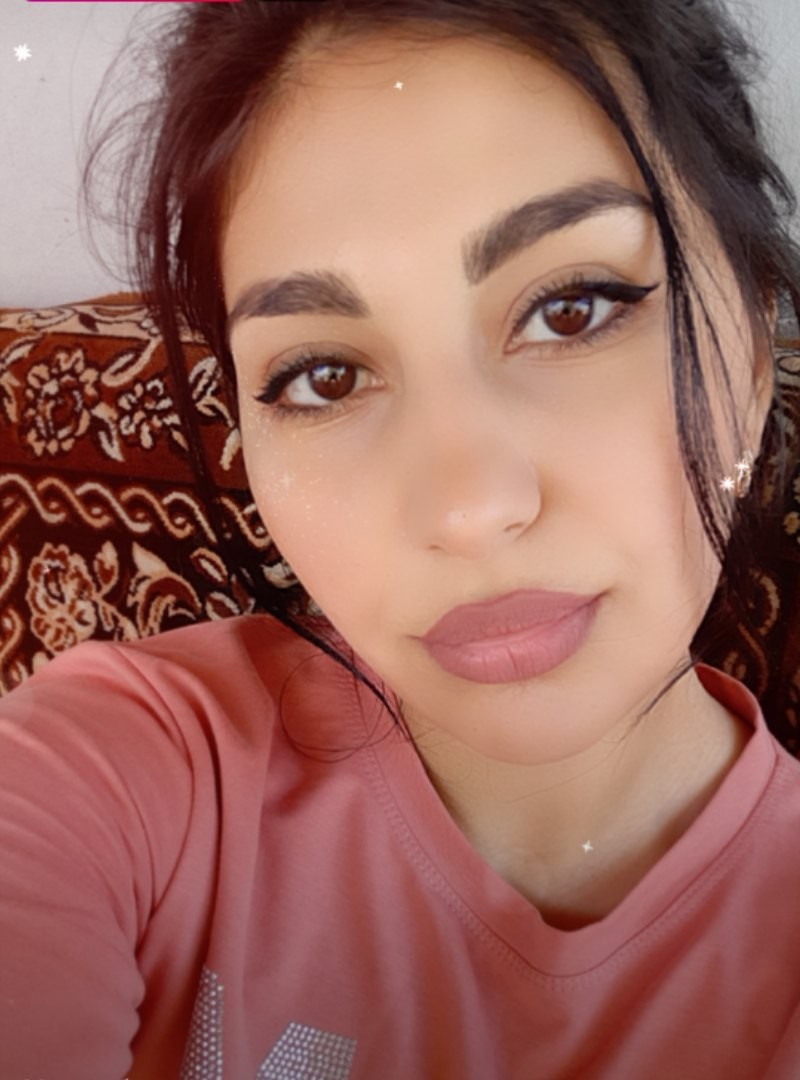 Pretty Girl Pretty Woman : Dubai Single Girl for Dating