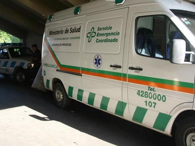 Tragedia en Mendoza: dos mujeres murieron embestidas por un colectivo