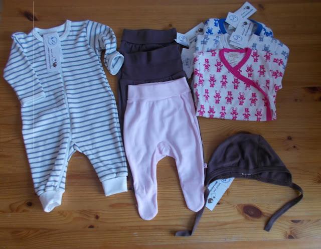 vastasyntyneen vaatteet