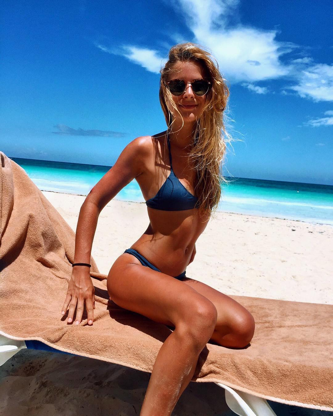 Alexis wearing the Saltish Bikini Top and Ripped Bikini Bottom in Top Blue