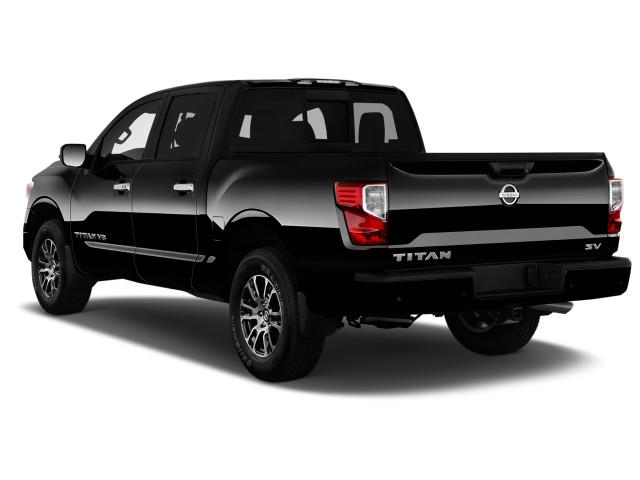 2020 Nissan Titan Review